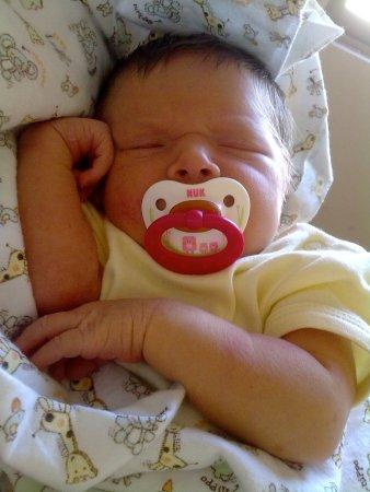 desesperacion-bebe-durmiendo-desvelo-sueños