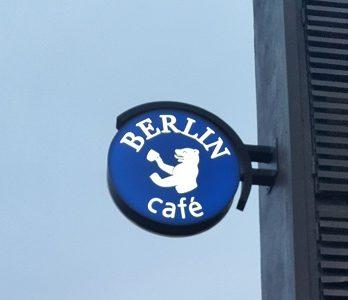 cafe-berlin-pucon