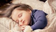 nino-durmiendo-placidamente