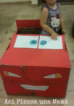 coche-carton-juguete-cars