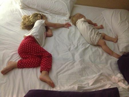 colecho-hermanas-bimaternidad