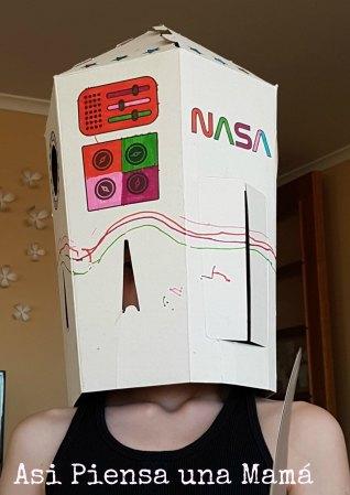 cohete-carton-disfraz