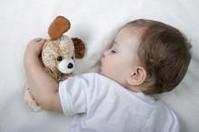 bebe-durmiendo-duerme-feliz