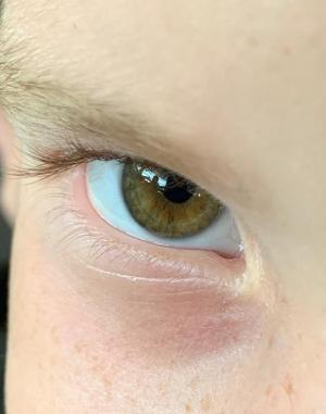 pequena-terremoto-ojos